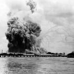 USS_Mount_Hood_(AE-11)_explosion